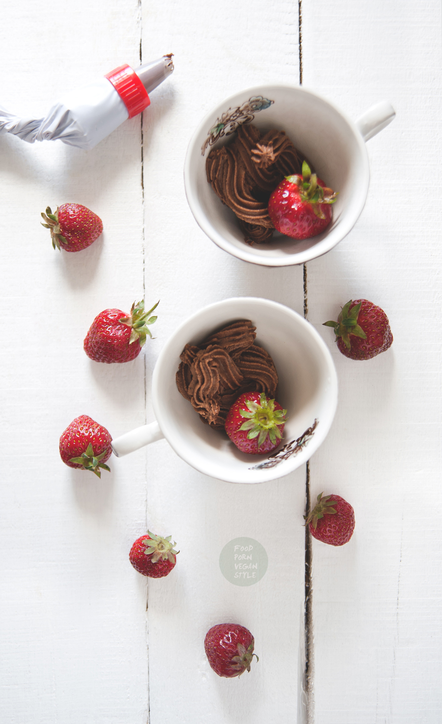 Strawberries with chocolate cream