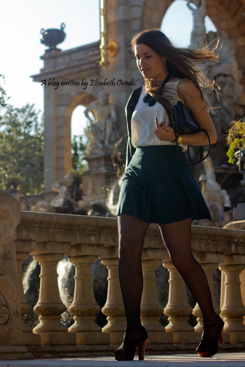 falda verde chaqueta cuero INDITEX STRADIVARIUS HEELSANDROSES (15)