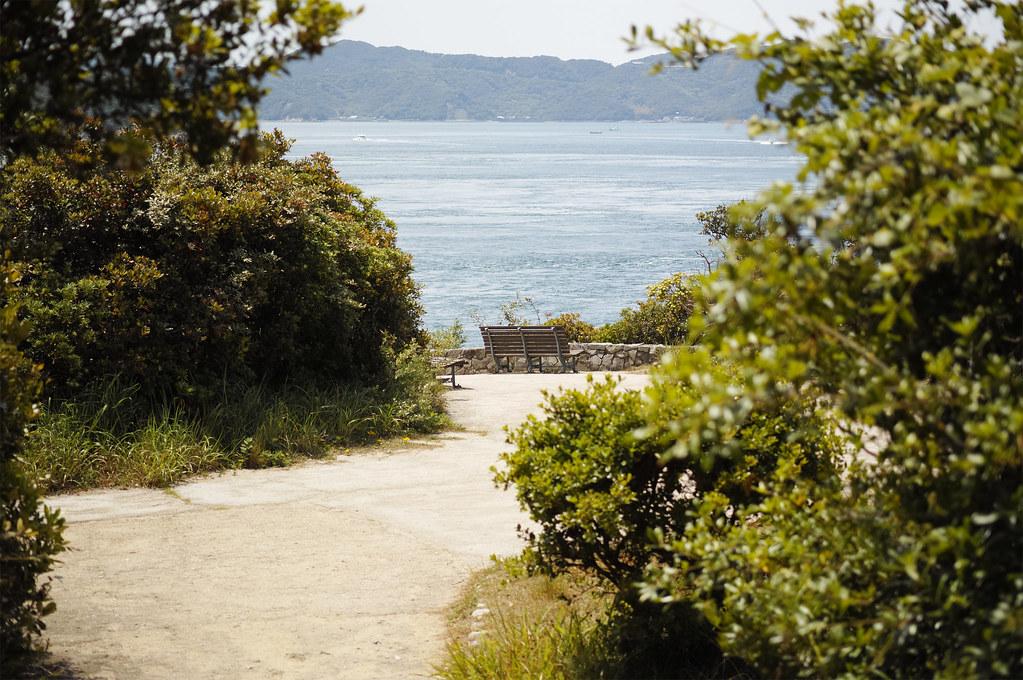 a bench|鳴門岬