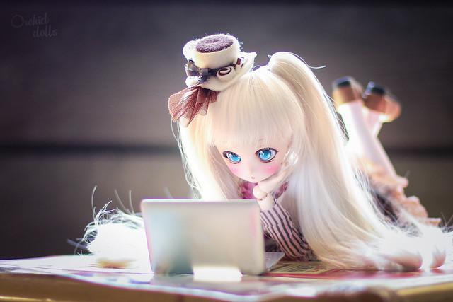 Neb enjoying anime ~