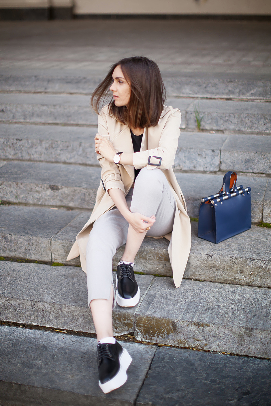 look-blogger-outfit-trench-coat-mac