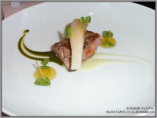 Guinea fowl ב- Tim Raue