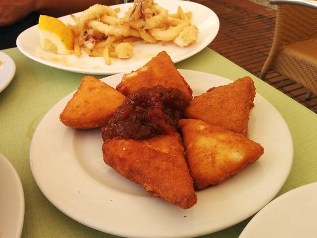 Las Palmas de Gran Canaria | La Oliva Restaurante | Queso frito con mermelada