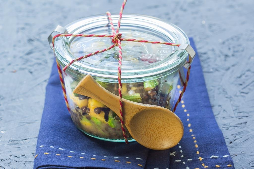 Spargelsalat mit Linsen und Mango