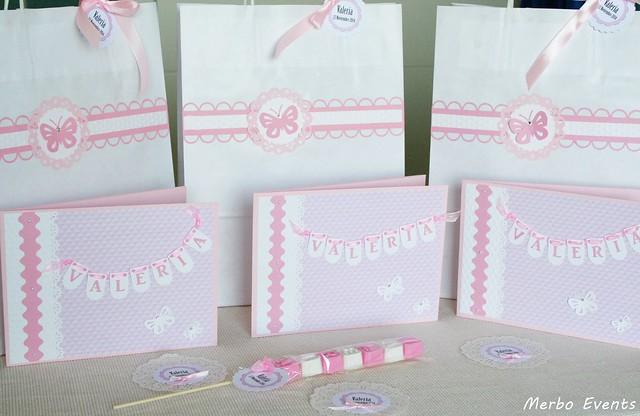 conjunto de bolsas personalizadas, tarjetones para fotos y brochetas de jabon natural