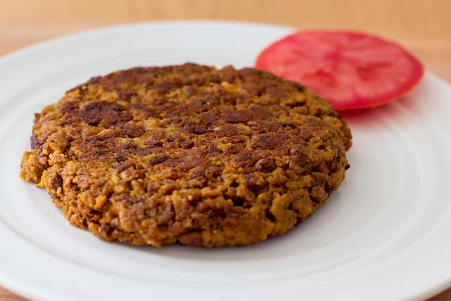 Hamburguesa de seit n y soja texturizada veganizando for Cocinar soja texturizada