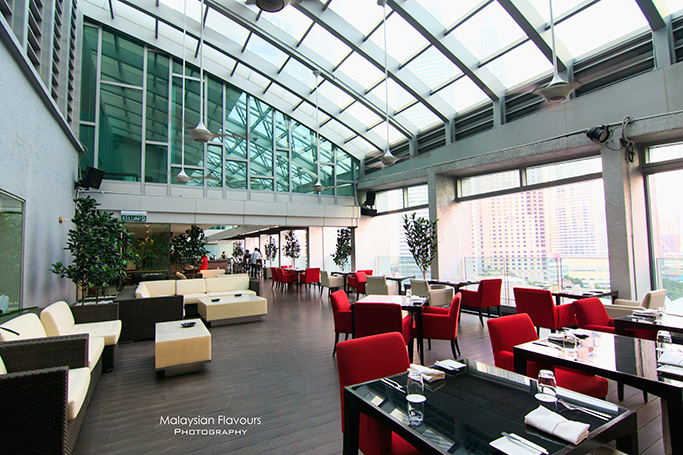 cedar-on-15-rooftop-bar-restaurant-impiana-klcc-hotel-kl