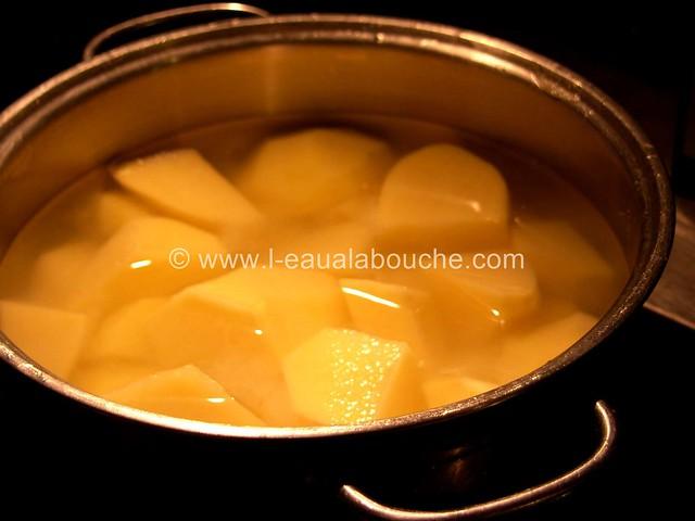 Moules Sauce au Roquefort & Pommes de Terre Nature © Ana Luthi 01