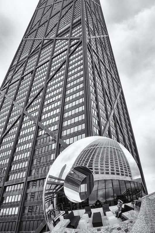 John Hancock / Water Tower Place / selfie