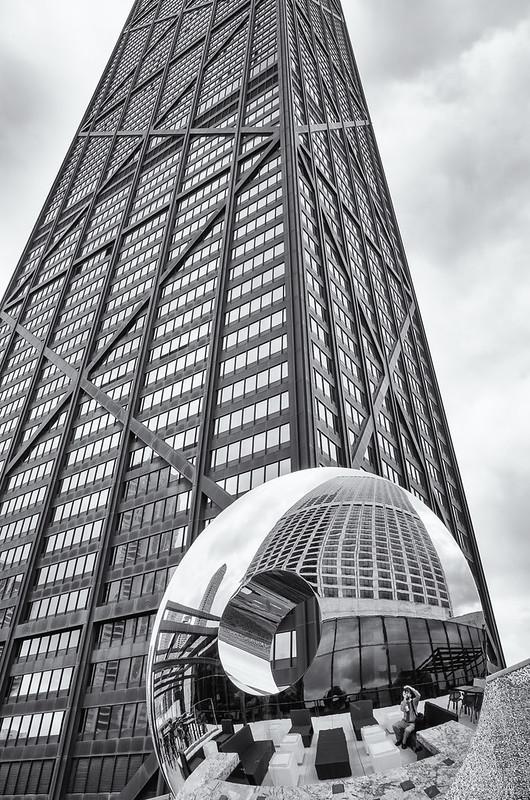 John Hancock / Water Tower Place / selfie