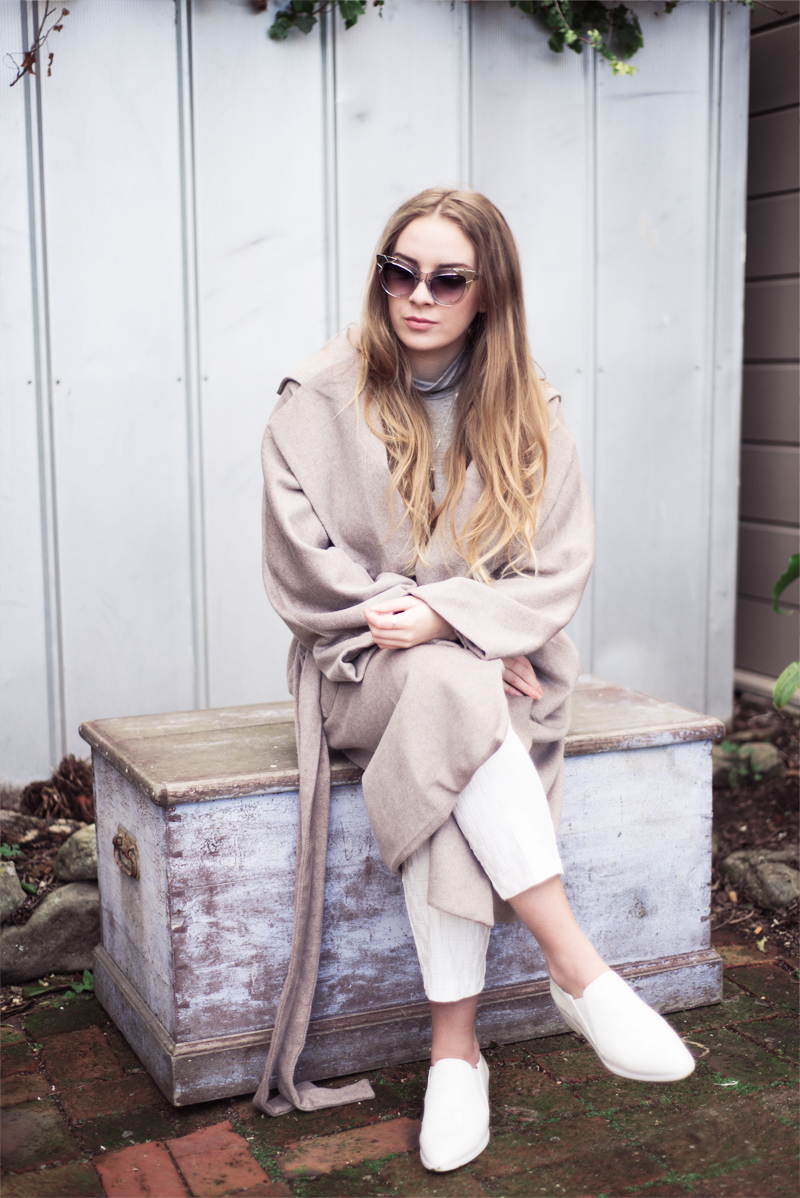 Stolen Inspiration | Kendra Alexandra | Fashion Blogger | Lonely Hearts Coat, Pared Sunglasses, Glassons Turtleneck, Topshop Pants