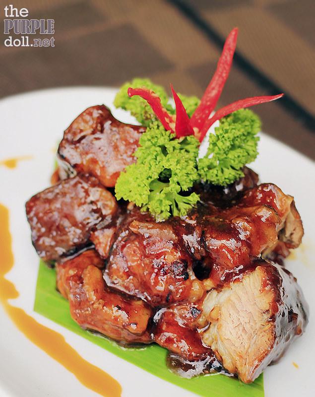 See Khrong Moo Yaang - Cinnamon Pork Ribs (P375)