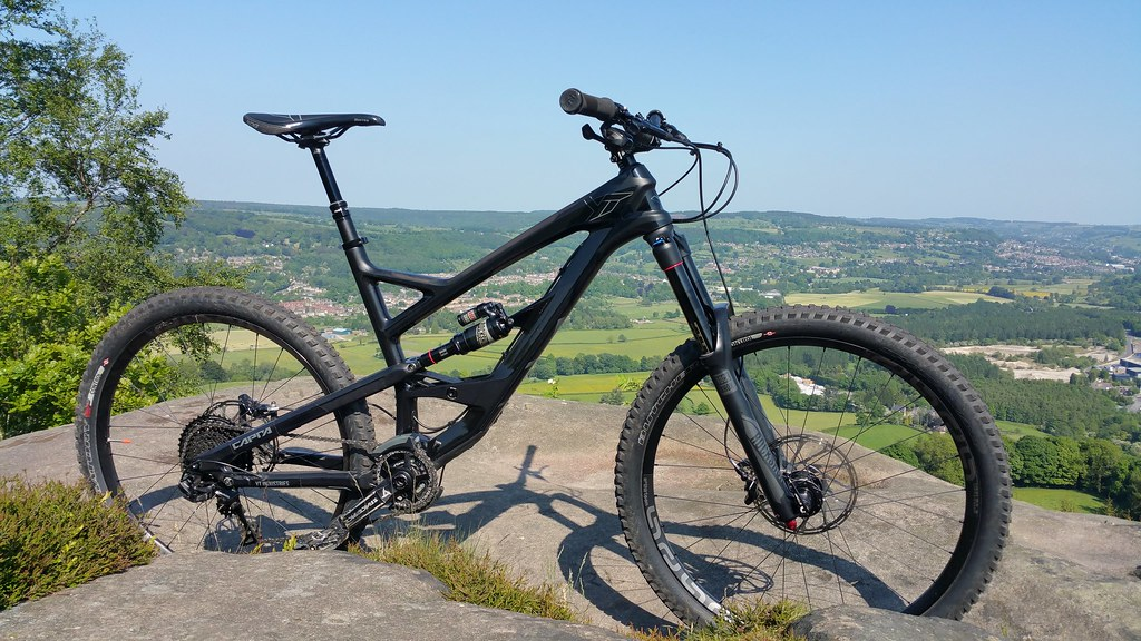 """4/"""" Niner Bikes Bicycle BLACK CIRCLE NOS Mountain Ride DECAL STICKER"""