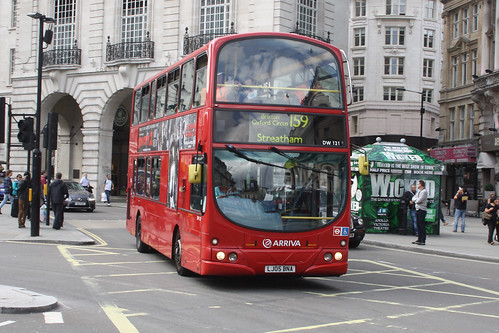 Arriva London South DW121 LJ05BNA
