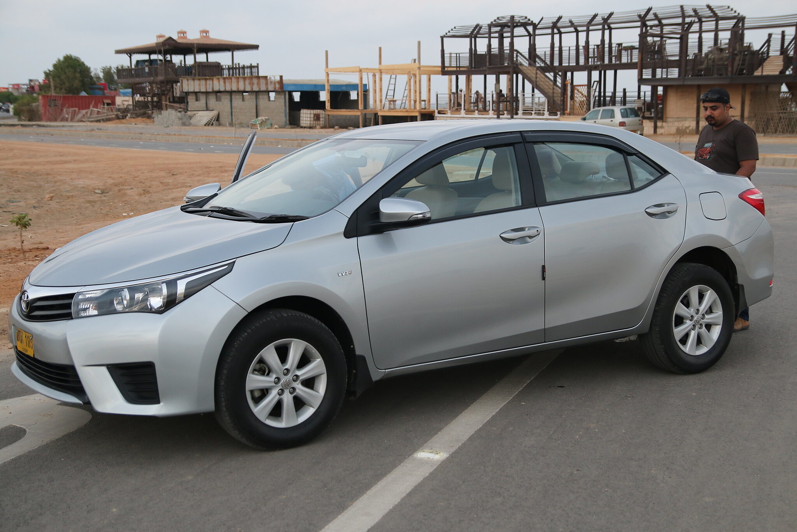 11th Generation Toyota Corolla Pakistan - 17077102683 aa616d0686 h