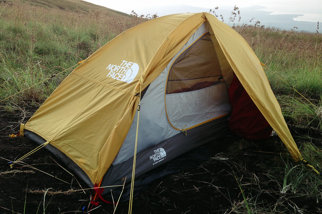 There are 4 additional loops for guylines that I rarely used. But if I want to go c&ing in an open field without natural wind barriers I always bring ... & GEAR REVIEW] The North Face Stormbreak 1 u2013 HeyHorizon!