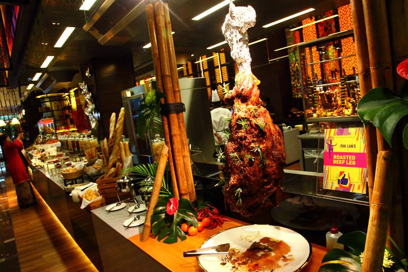 Roasted-Beef-Leg-Resort-Cafe