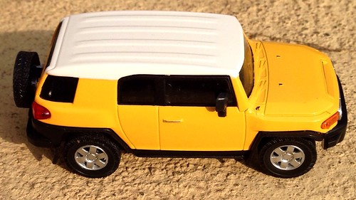 Hongwell Cararama 1:43 - Toyota FJ Cruiser