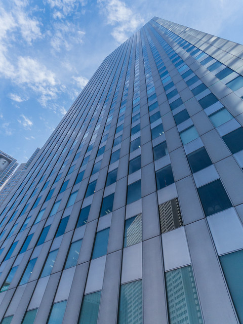 Shinjuku Sumitomo Building overall view