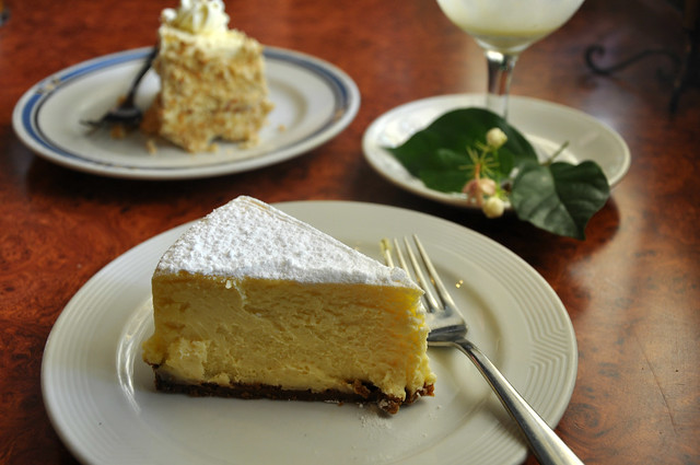 Desserts at Ilustrado