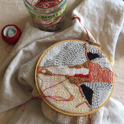 Gonna take lots of French knots to make this red wedge as dramatic as I want it to be! #bonniesennott #embroidery #dailyembroidery