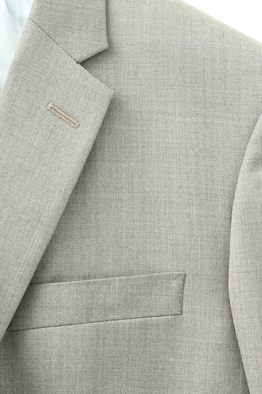 {Custom} Lapel and Pocket Detail