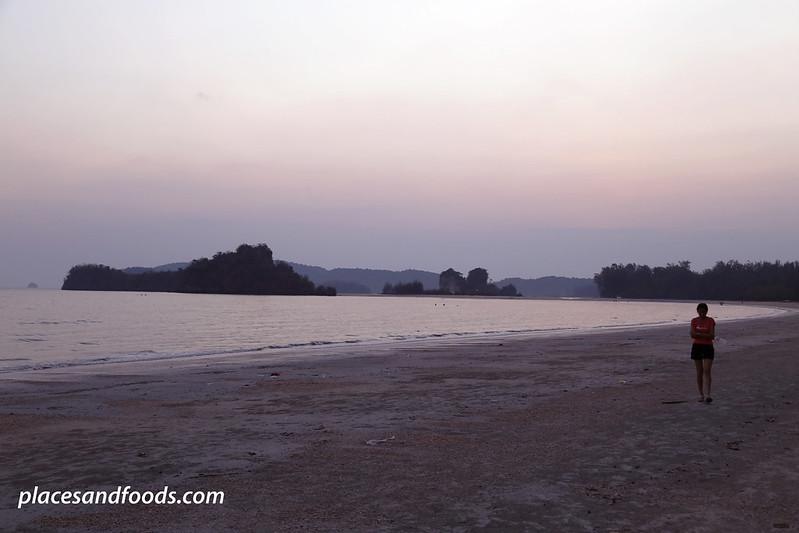 Hat Noppharat-Thara Krabi sunset with lady