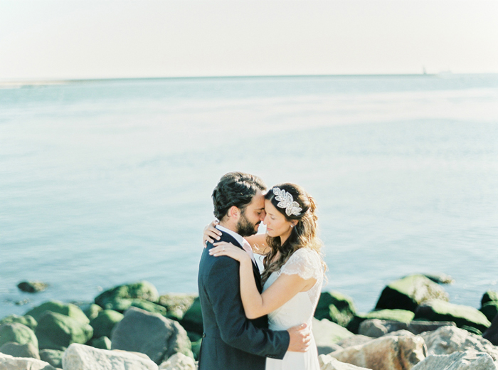Romantic_land_to_sea_wedding_09