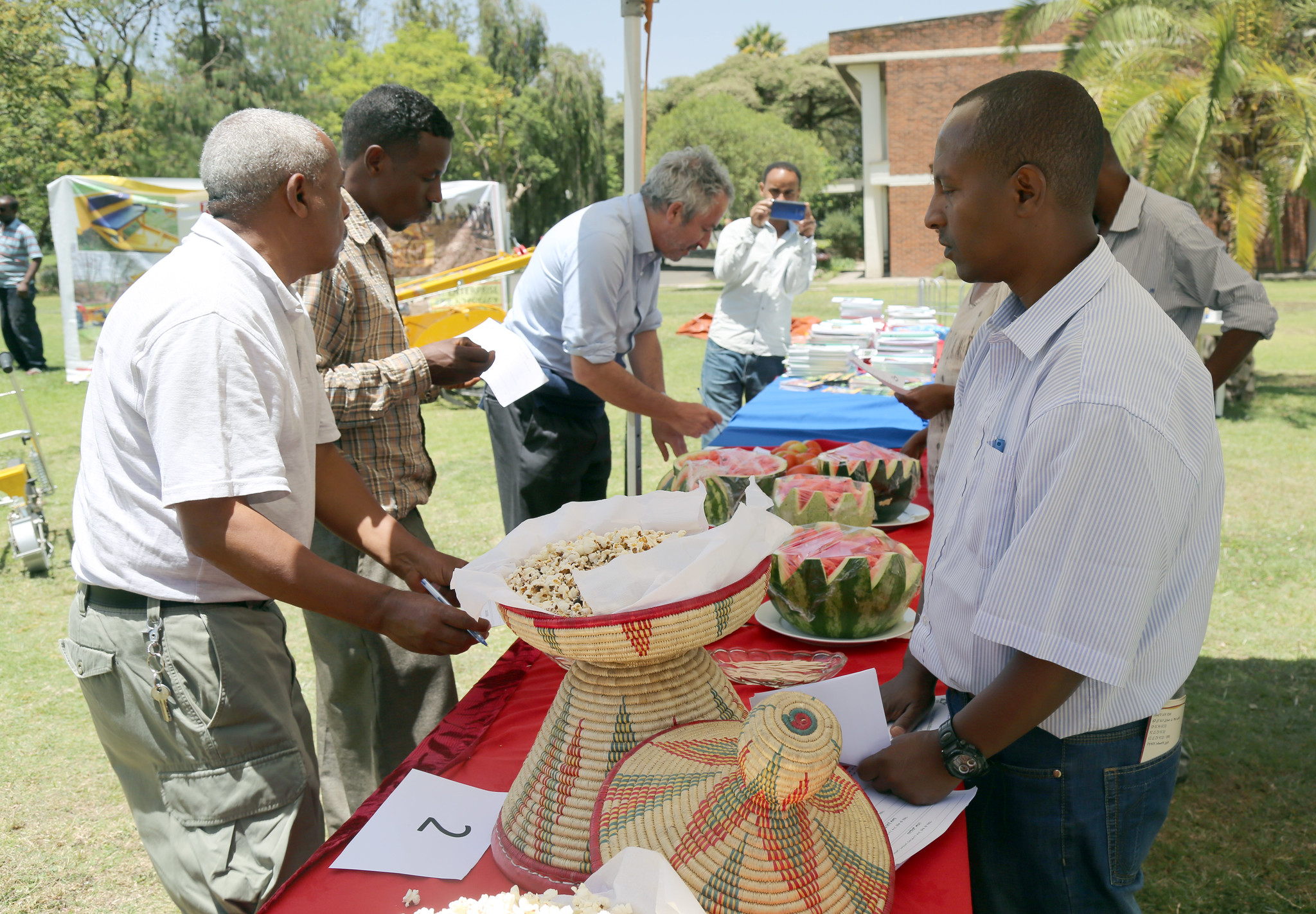Ranking popcorn, tasting watermelons at the Farmers' Horticultural Day