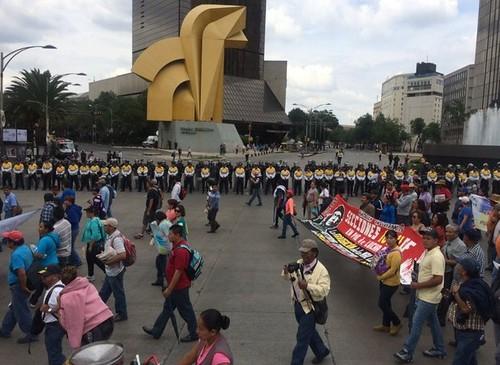 Sin acuerdo alguno entre gobierno y CNTE; harán nuevas movilizaciones