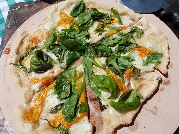 pizza fleurs de courgettes