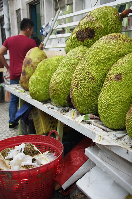 Tour of Singapore - Geylang jackfruit