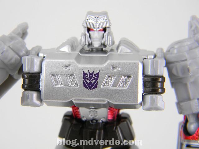 Transformers Megatron Legends - Transformers Generations Takara - modo robot