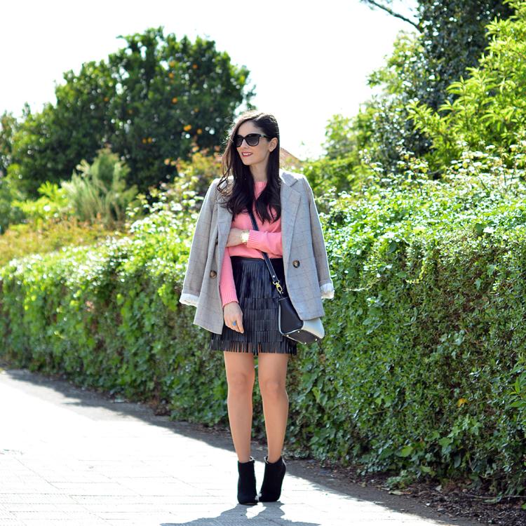 Zara_ootd_outfit_pullandbear_coral_fringes_pepemoll_05