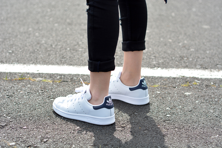 Zara_ootd_outfit_oasap_stan_smith_como combinar_sneakers_jeans_07
