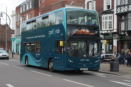 First Hampshire & Dorset 33897 SN14TRX