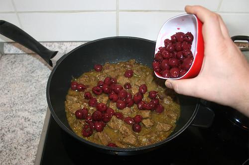 44 - Kirschen hinzufügen / Add cherries