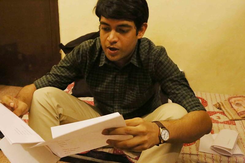 Delhi's Bandaged Moments – Jit Shankar Banerjee, Green Park Market