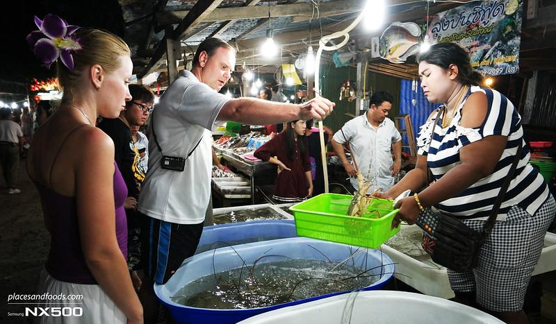 rawai fish market choosing lobster