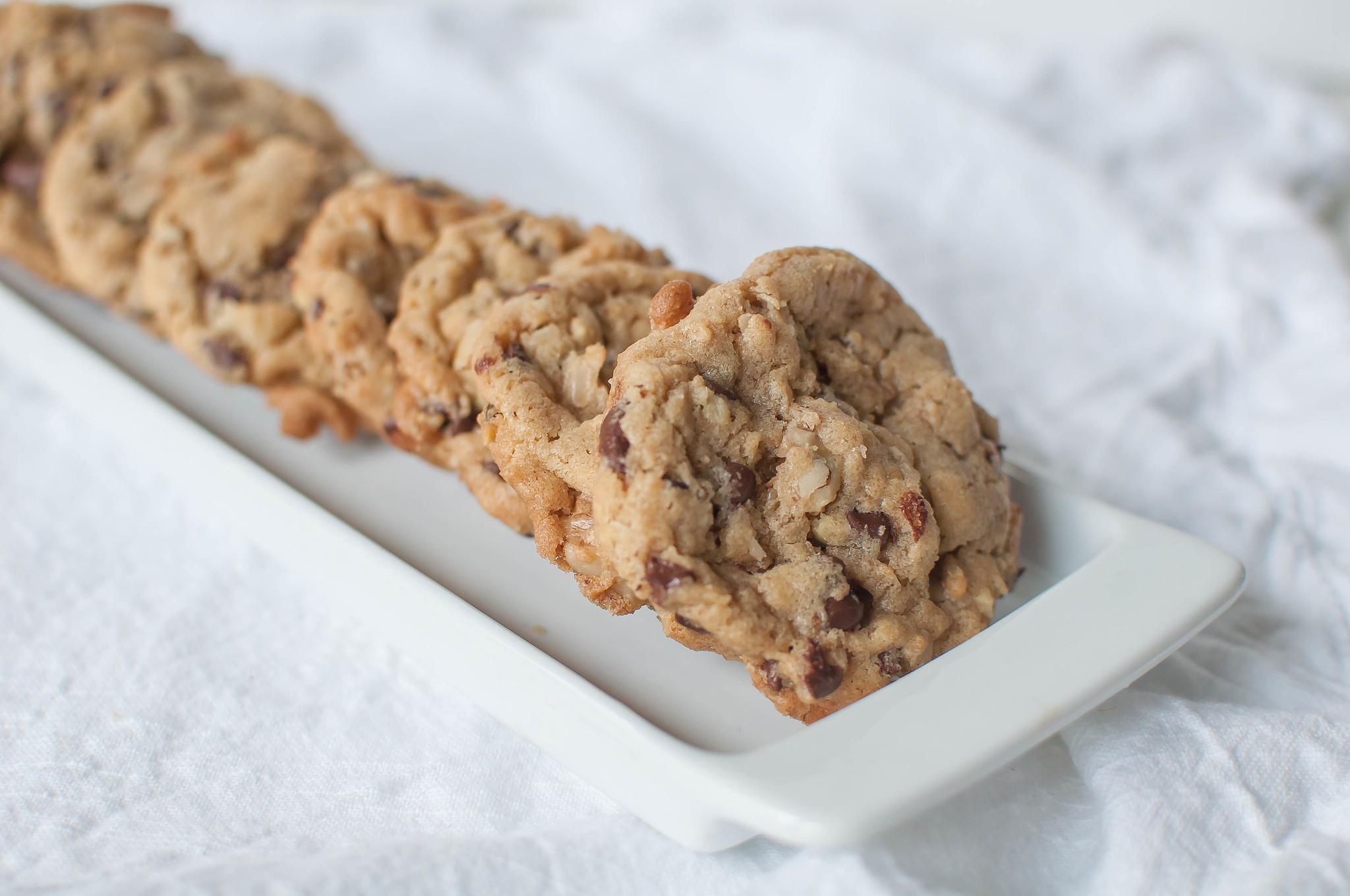 Oatmeal Chocolate Chip Cookies 1