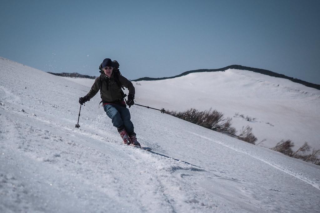 Mt. Shakotan spring back country skiing (Hokkaido, Japan)