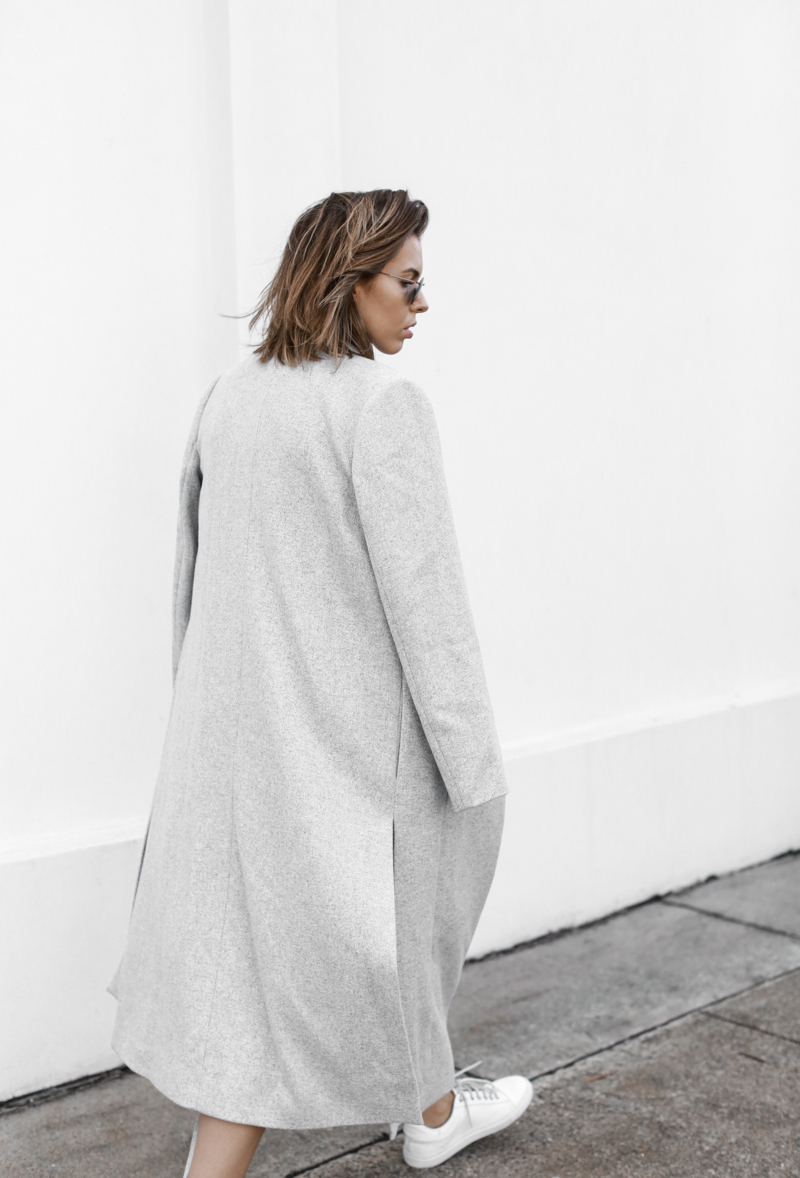 modern legacy, fashion blog, grey street style, minimal, grey coat, sneakers (1 of 1)