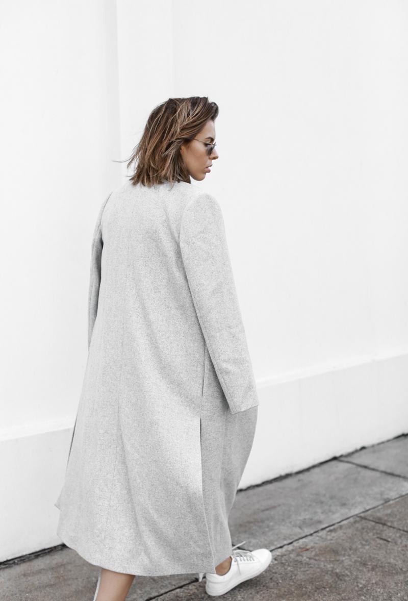 modern legacy, fashion blog, grey street style, minimal, grey coat, sneakers (1 of 1)