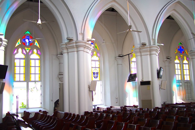 Tour of Singapore: stained glass colours, St. Andrew's Cathedral