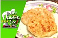 Rava Thengai Poli – Ungal Kitchen Engal Chef
