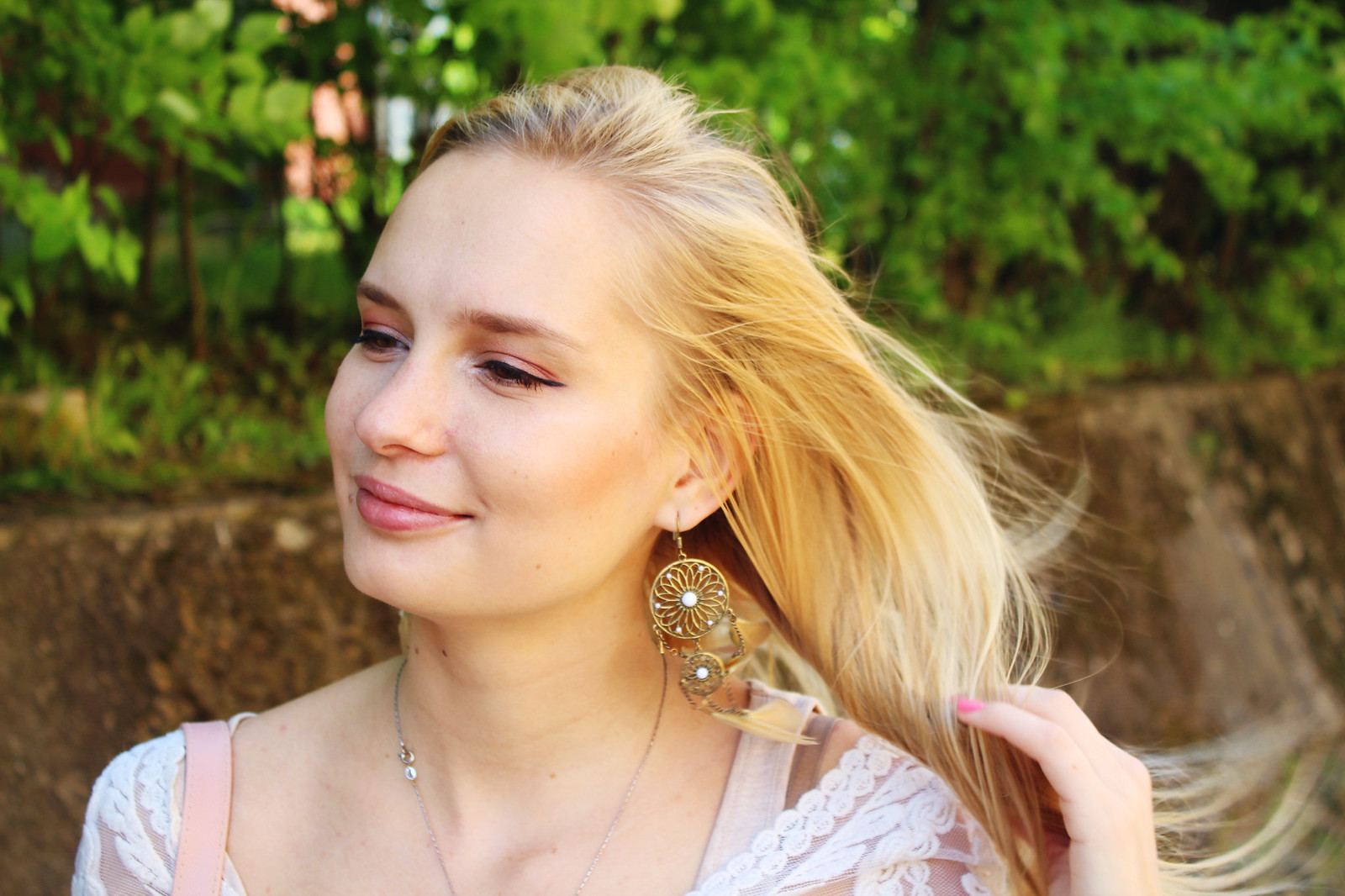 latvian-blonde-fashion-blogger