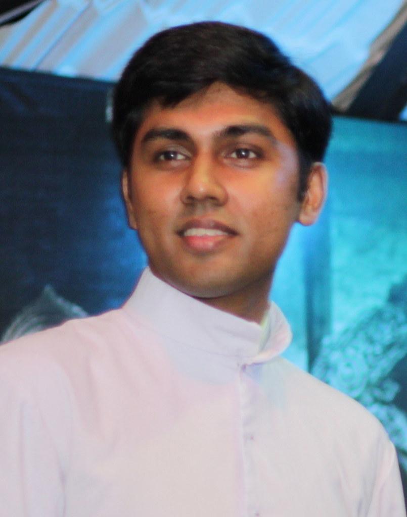 Fr.Ajin KalaGramam