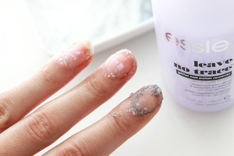 Easy Peasy Glitter Polish Removal: Essie Leave No Trace - Minnebelle