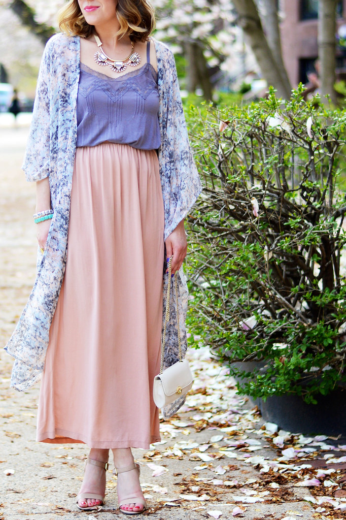 Spring outfit, maxi skirt, kimono cardigan