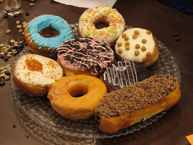 2-Dunkin-Donuts-Chennai-Collection-of-Donuts